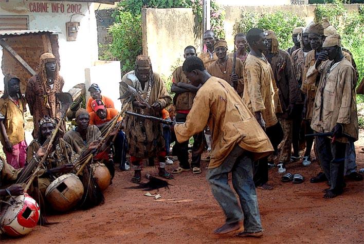 http://westafrikaportal.de/Senoufo01.jpg